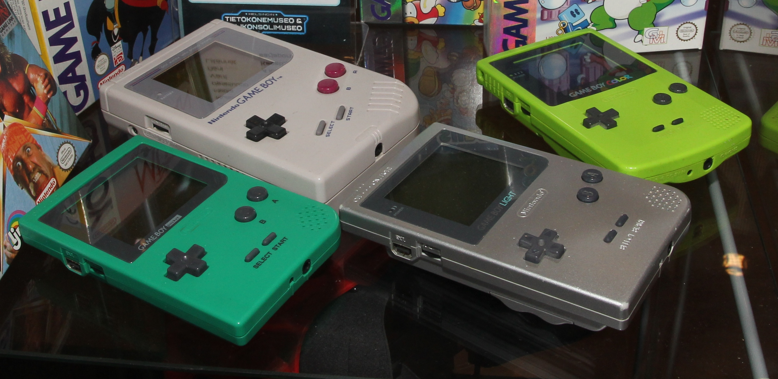 Gameboy color and advance rpg games - Gameboy Color And Advance Rpg Games Nintendo_game_boy _game_boy_pocket _game_boy_light_and_game_boy_color_tietokonemuseo